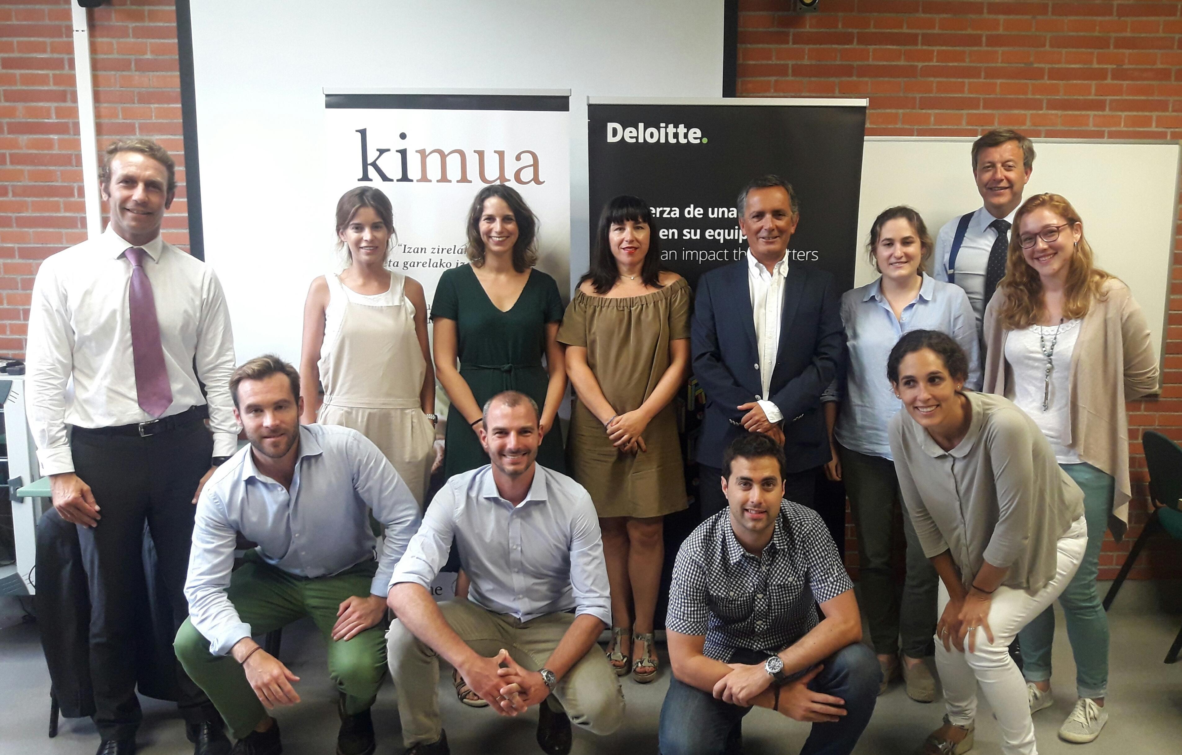 Miembros de Kimua en la Segunda Sesión de la Escuela de Accionistas
