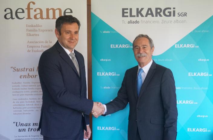 Gaizka Zulaika (Director de Aefame) y Pio Aguirre (Director General de Elkargi)